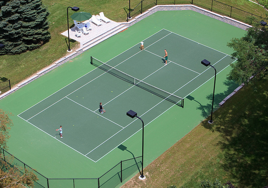 Tennis In The Sun Tennis Court Pool Houses Outdoor Recreation
