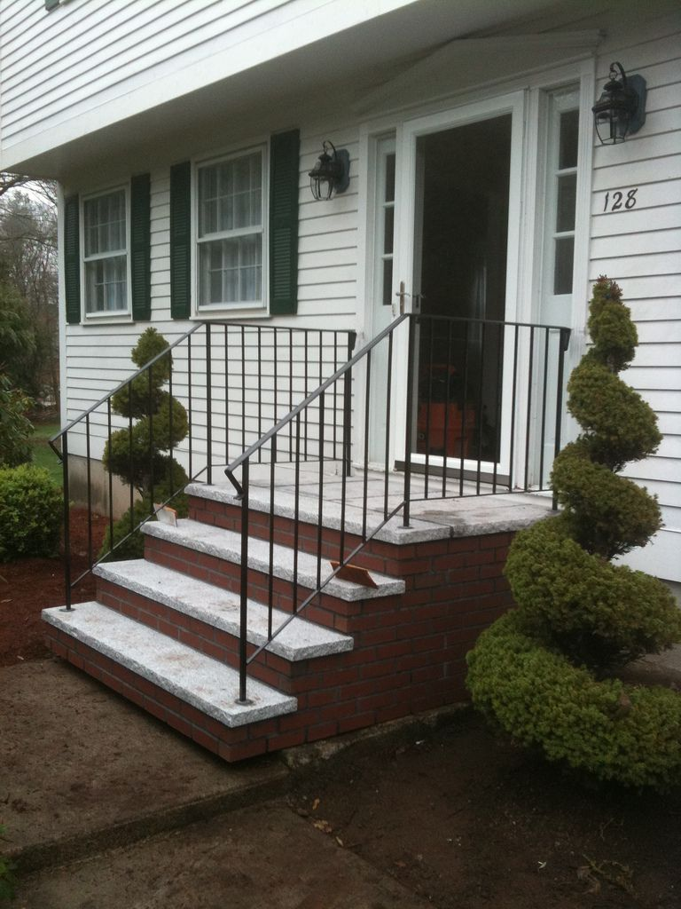 Design Modern Stair Interactive Front Porch Using White Wood Stair Stair Siding Including Brick Precast Front Porch Railings Front Door Steps Front Porch Steps