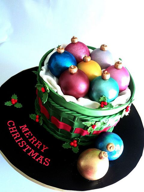 Merry Christmas Everyone Bauble Cake In 2018 Cakes Holiday