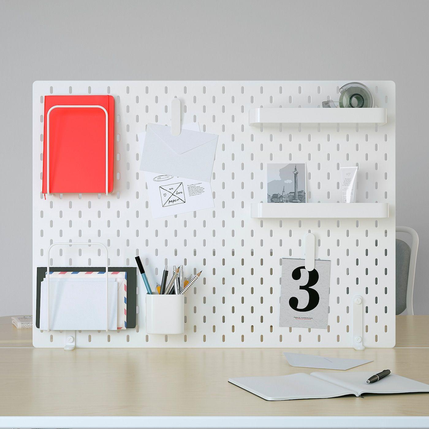 Skadis Lochplatte Kombination Weiss Auf Die Einkaufsliste Ikea Osterreich In 2020 Ikea Pegboard Ikea Peg Board