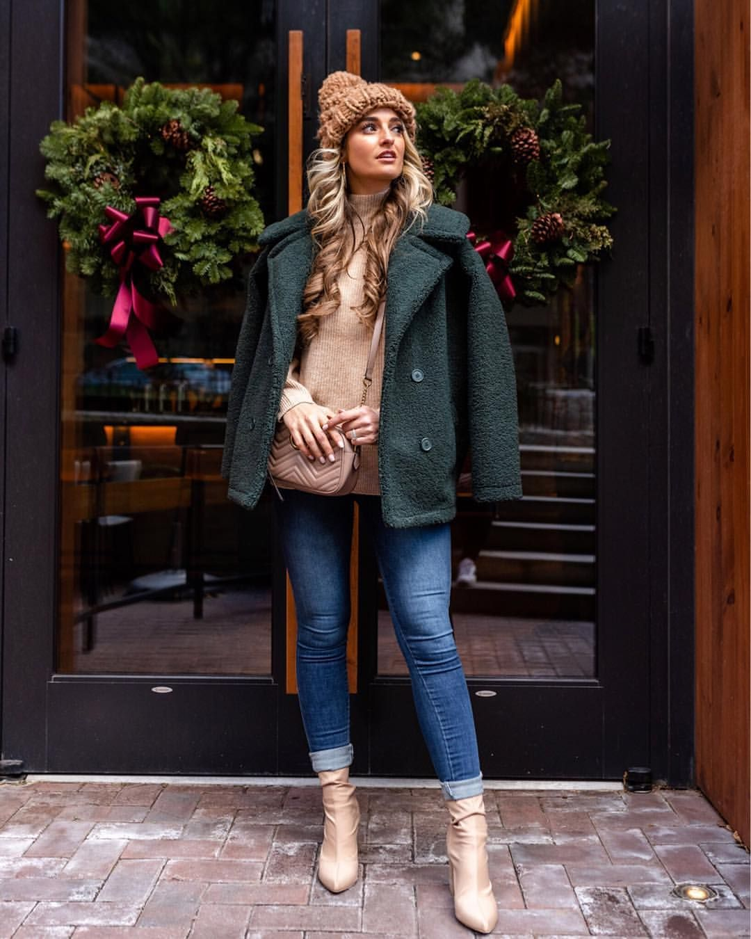 84aeca9ece56 Yes to all the Teddy jackets out there 😍 It s probably one of my favorite  trends this season and holy cow does this jacket keep you warm!!