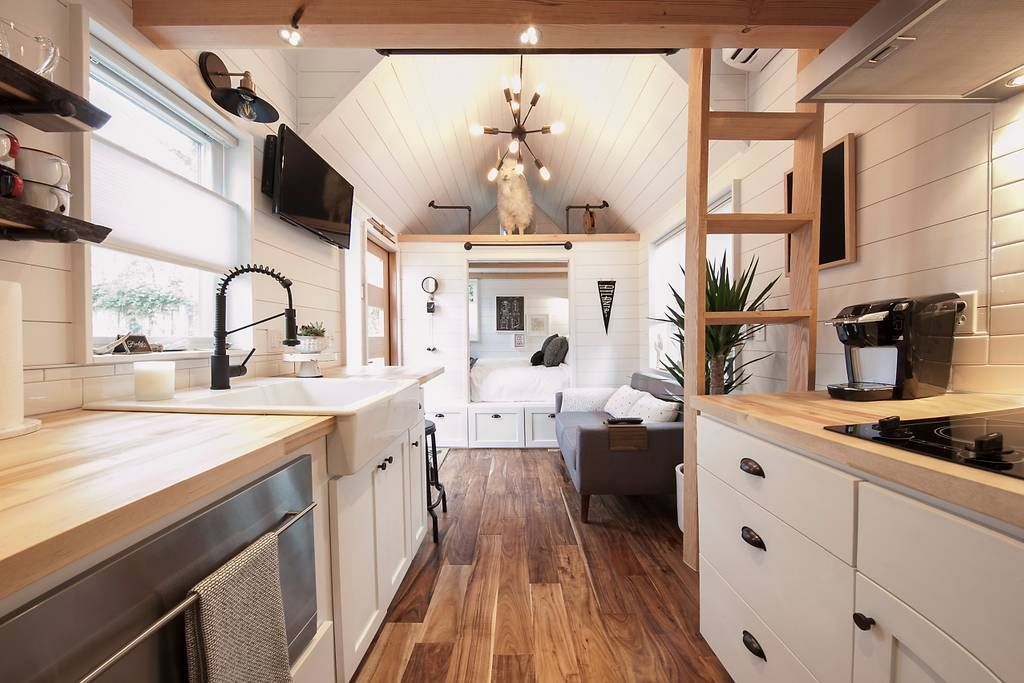 Unique Modern Tiny House 2BR/1BA Houses for Rent in