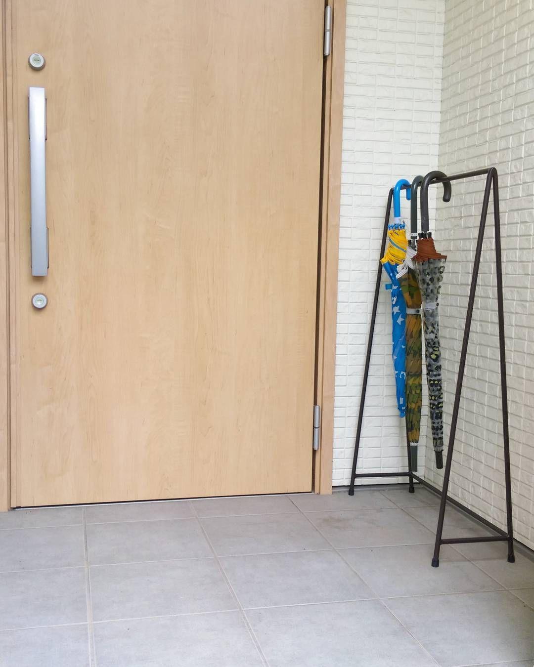 スマートな玄関に変身 かさばる 傘 の収納術15選 インテリア 収納