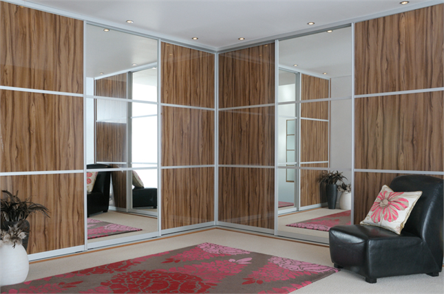 Fitted Sliding Wardrobe High Gloss Walnut Mirror Bedroom Thumb Png