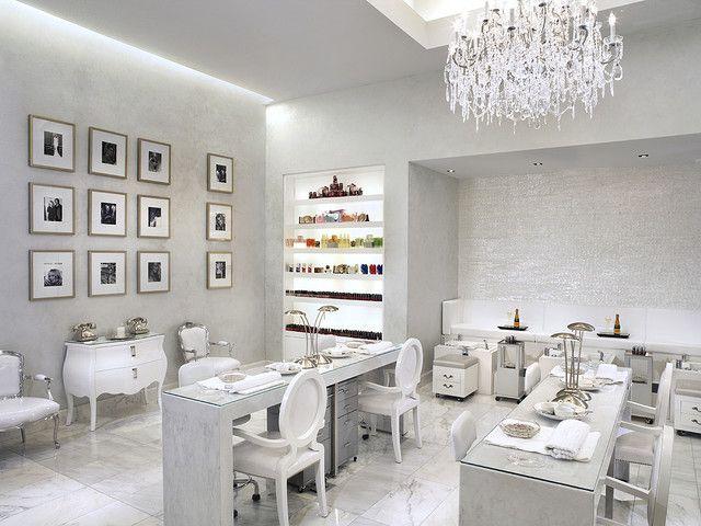 Mani Pedi Color Salon Salon Esthetique Design Salon Idee Salon