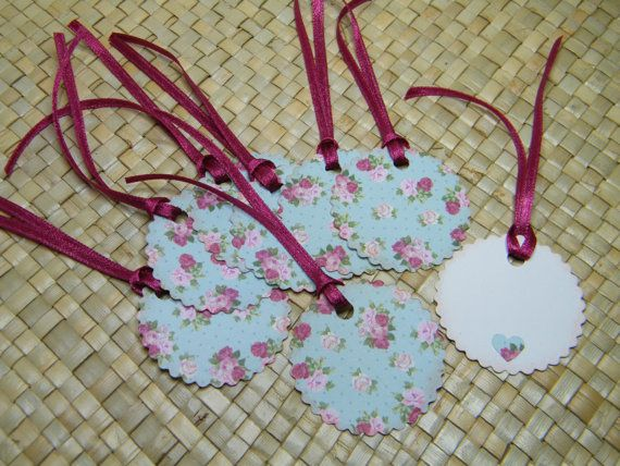 Pale Blue Floral Gift Tags di HiddenFootprints su Etsy