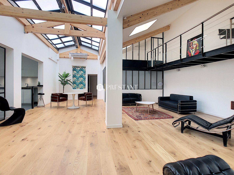 Biarritz Centre Ville Appartement Style Loft A Vendre Bel Appartement Style Loft De 148 Ma Ida C Alemen Loft A Vendre Idees Pour La Maison Bel Appartement