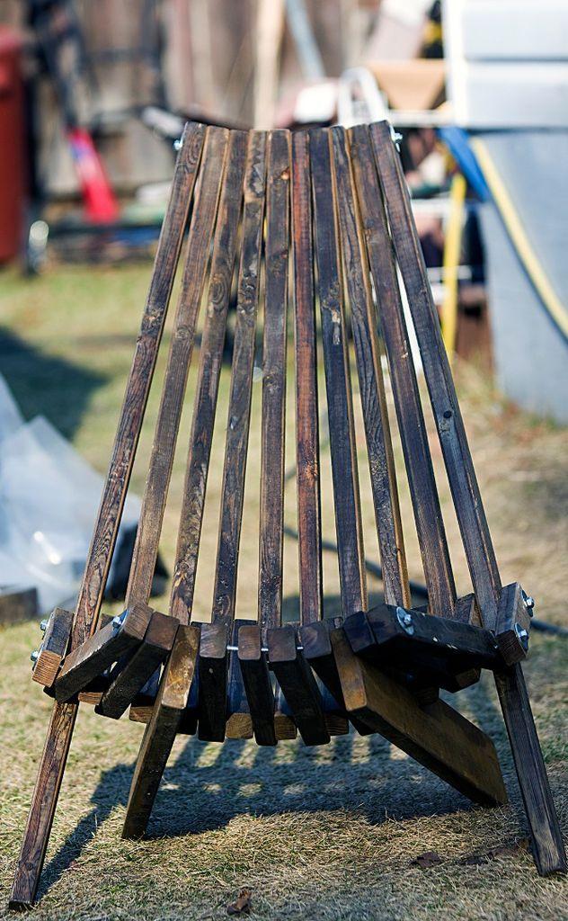 Folding Cedar Lawn Chair Lawn chairs, Patio chairs