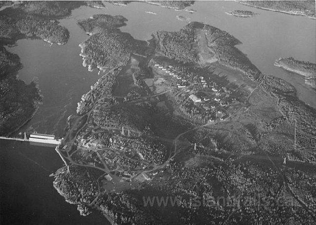 1940s Island Falls aerial.jpg (640×457)