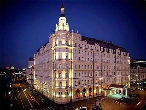 Russian Hotel