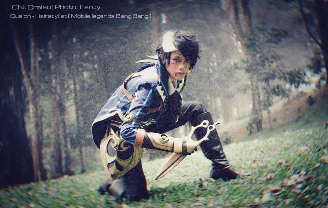 Gusion cosplay Mobile Legends Mobile legends, Mobile