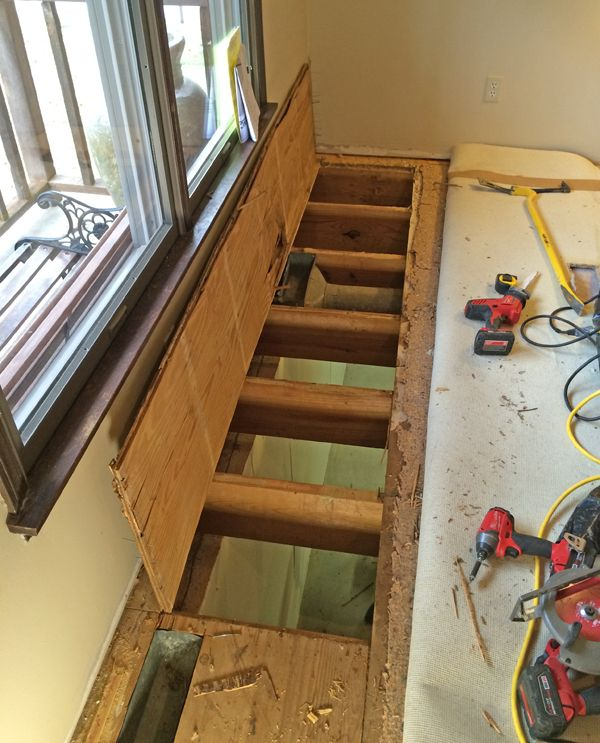 Best 02 Mosby Move Stairwell Stair Remodel Staircase Remodel 400 x 300