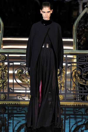 John Galliano Fall 2013 RTW collection39.JPG