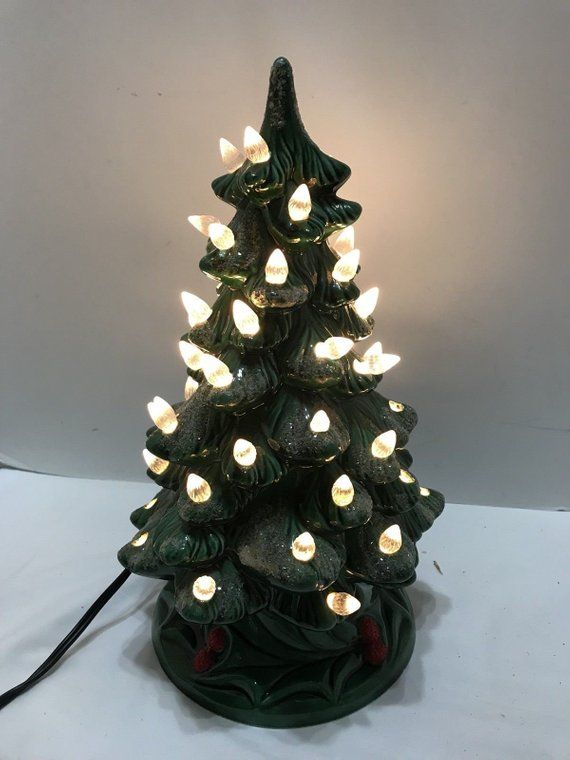 Vintage 1976 Lighted Holland Mold 12 Ceramic Christmas Tree With