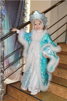 Как сшить платье как у снегурочки