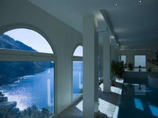 L\'incantevole Hotel Spa Villa del Mare è situato in un luogo magico ...