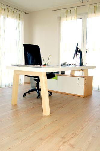 Arztzimmer Schreibtisch  www.einrichtungsideen.net