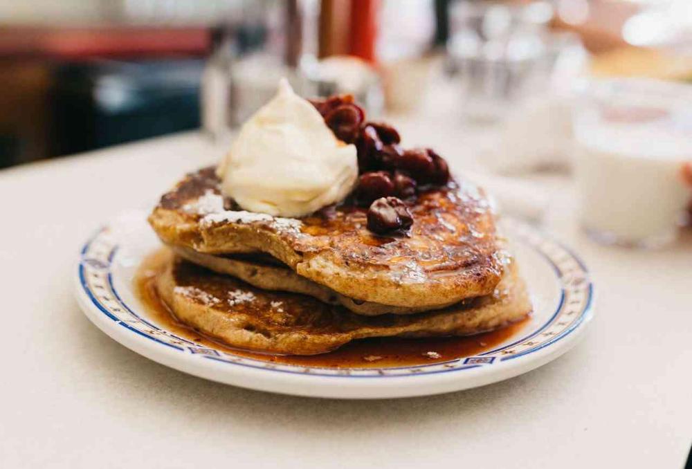 The 10 Best Places To Get Brunch In Toronto Slow Roast Pork Cinnamon Bun Pancakes Eat