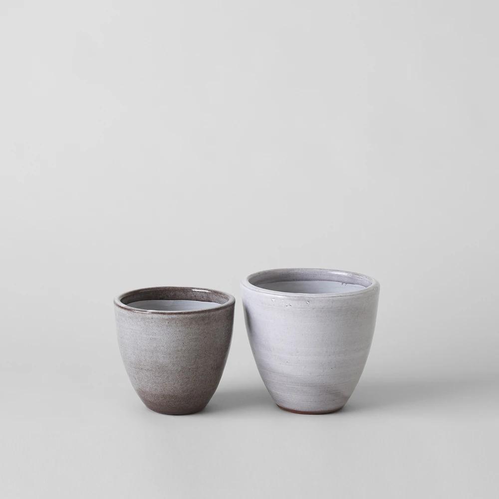Abelia Flat Ceramic Planter In Grey In 2020 Ceramic Planters Low Light Plants Large Planters