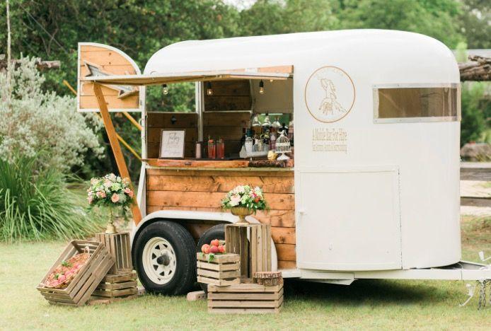 the pour horse mobile bar co food trucks pinterest caravane bar and kiosque. Black Bedroom Furniture Sets. Home Design Ideas