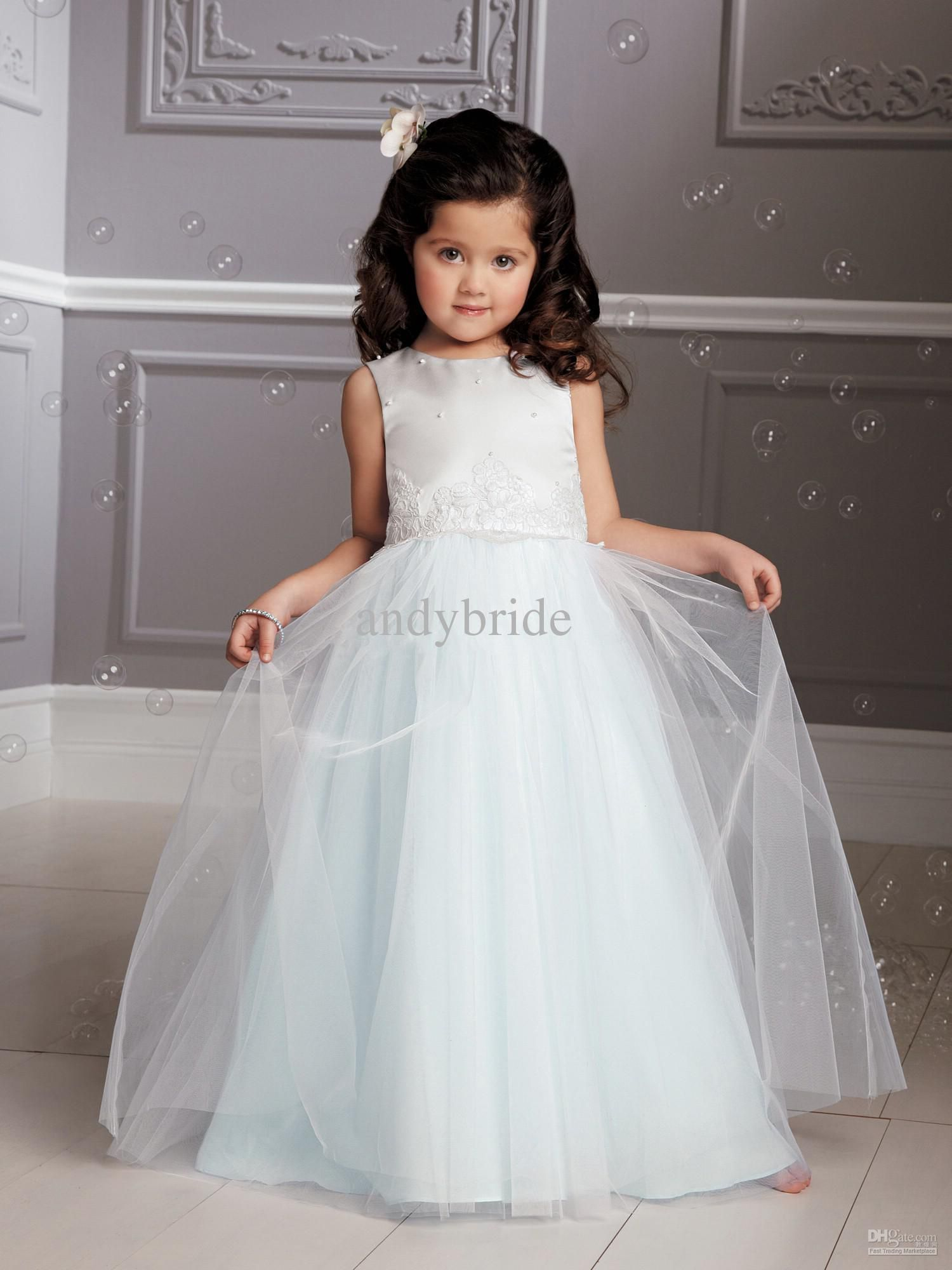 Really really like this dress bridesmaid dresses pinterest explore tulle flowers girls dresses and more ombrellifo Choice Image