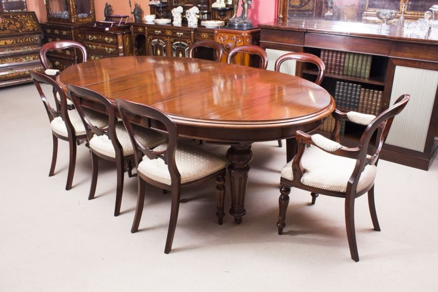 A Stunning Antique Victorian Oval Dining Table And 8 Chairs