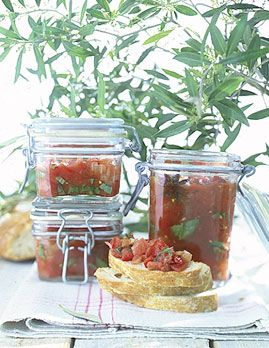 Tomaten-Grapefruit-Salsa - Rezepte - [LIVING AT HOME]