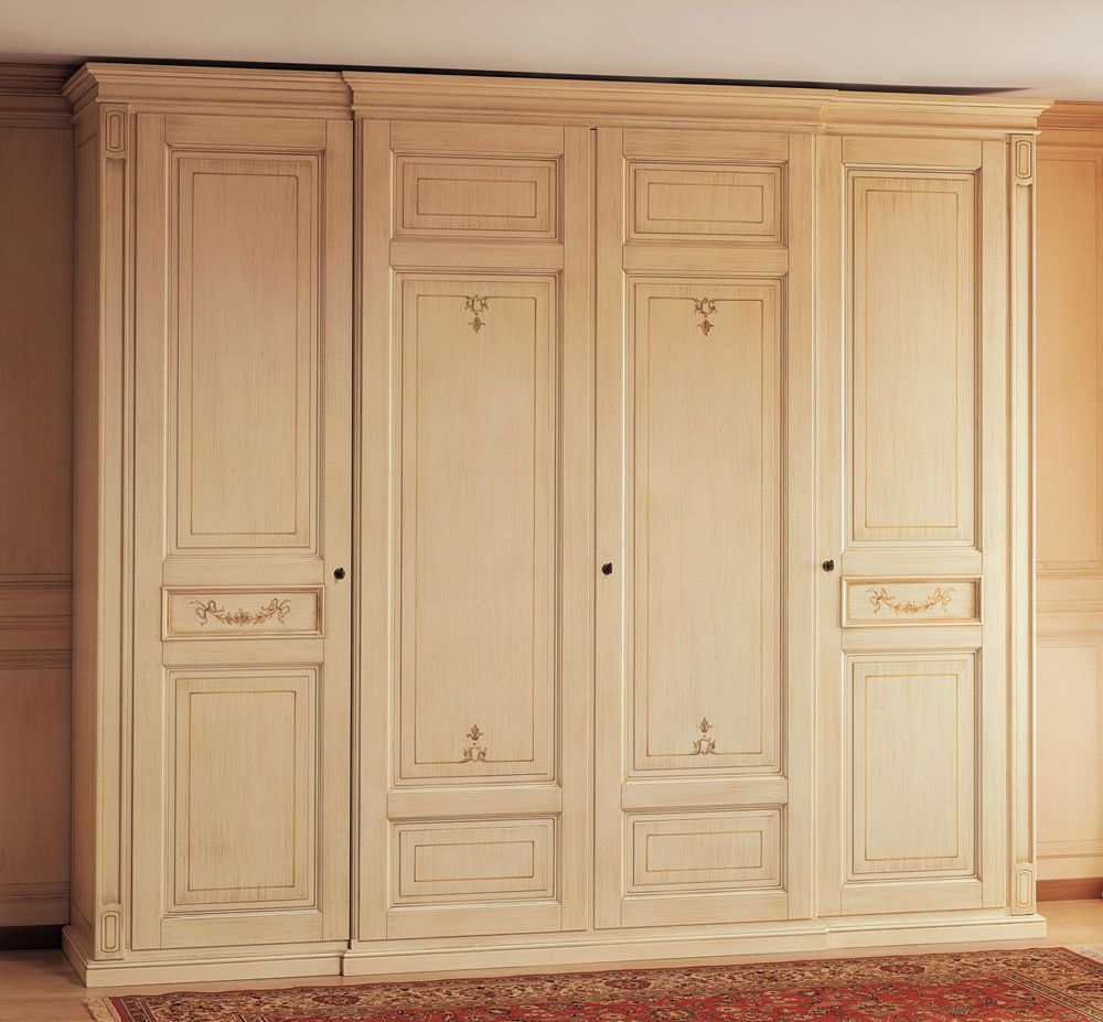 Wardrobe cabinet design cabinet in wood classic style wardrobe worked wardrobes classic for Wardrobe cabinet design woodworking plans