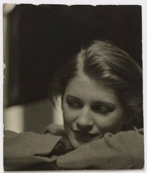Portrait of Lee Miller, Man Ray, 1930, Paris, France