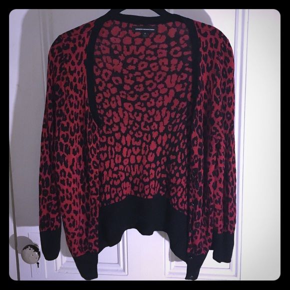 🔴SOLD VIA THREDUP🔴Express Cardigan | Sweater cardigan, Cardigans ...