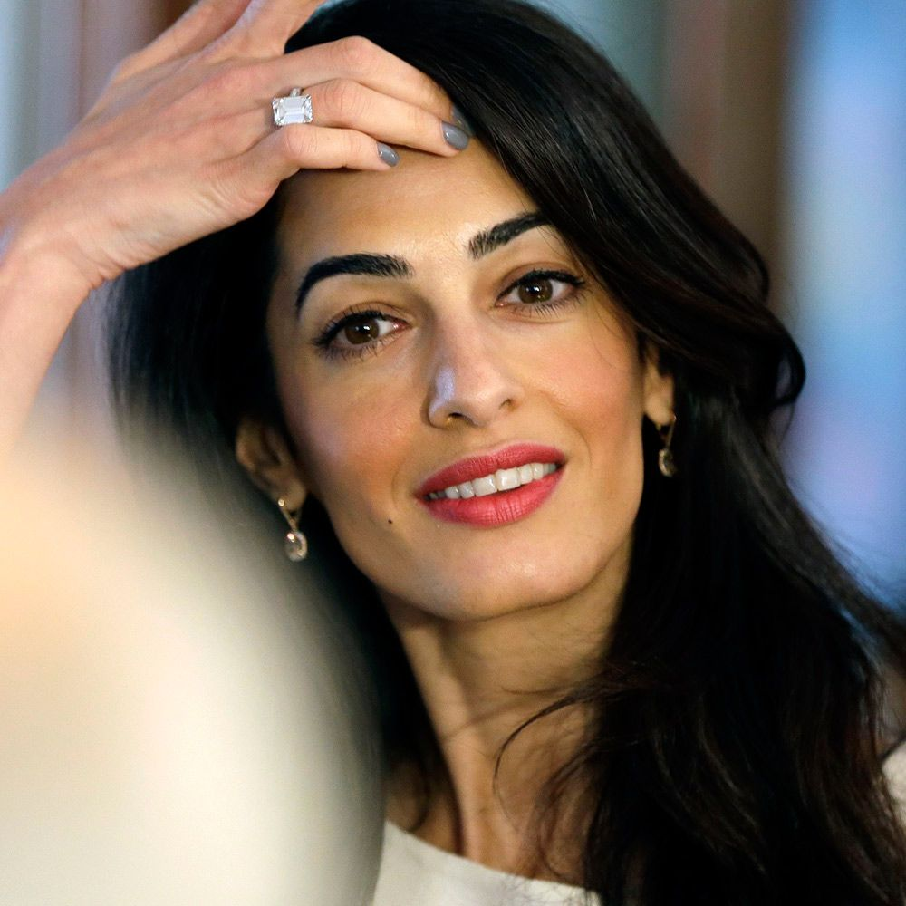 Amal Clooney could replace her engagement ring – 24.11.2015 | Amal Clooney Style