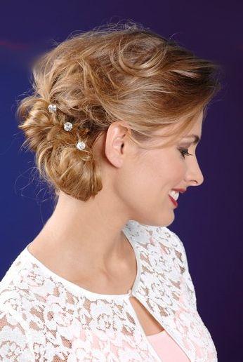 Perfekt Gesteckt Schnelle Frisur Ideen Mit Haarnadeln Haarnadeln Frisuren Frisur Ideen