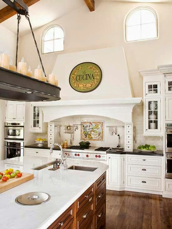 Very Elegant Kitchen! It's going to be mine...   :)