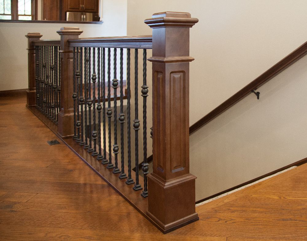 Best Stair System Stained 4097Rp Poplar Box Newel 6410 400 x 300