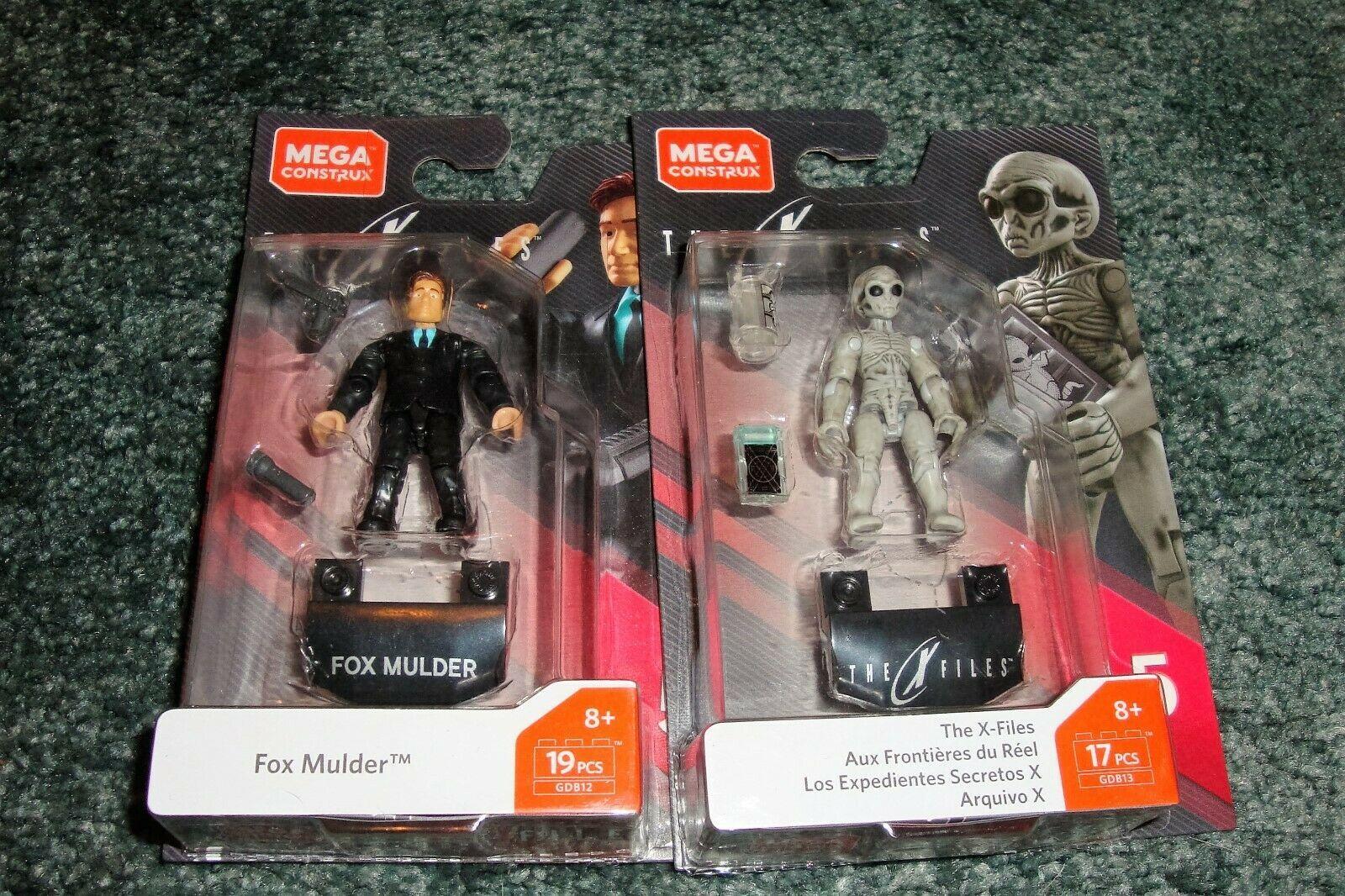 Mega Construx Fox Mulder Gray Alien X Files in hand