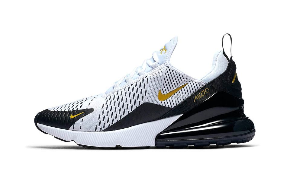Nike Air Max 270 Steps out in