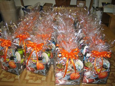 Sports gift boxes convention gift baskets corporate events trade conventiongroup gift baskets delivered anywhere in florida negle Images