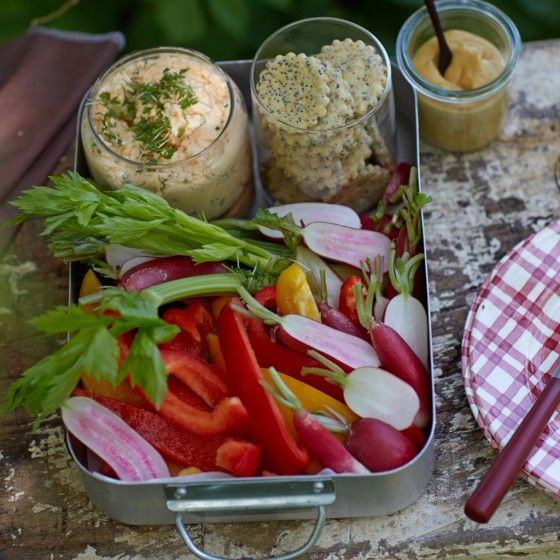 Meerrettich-Käsecreme mit Gemüsesticks