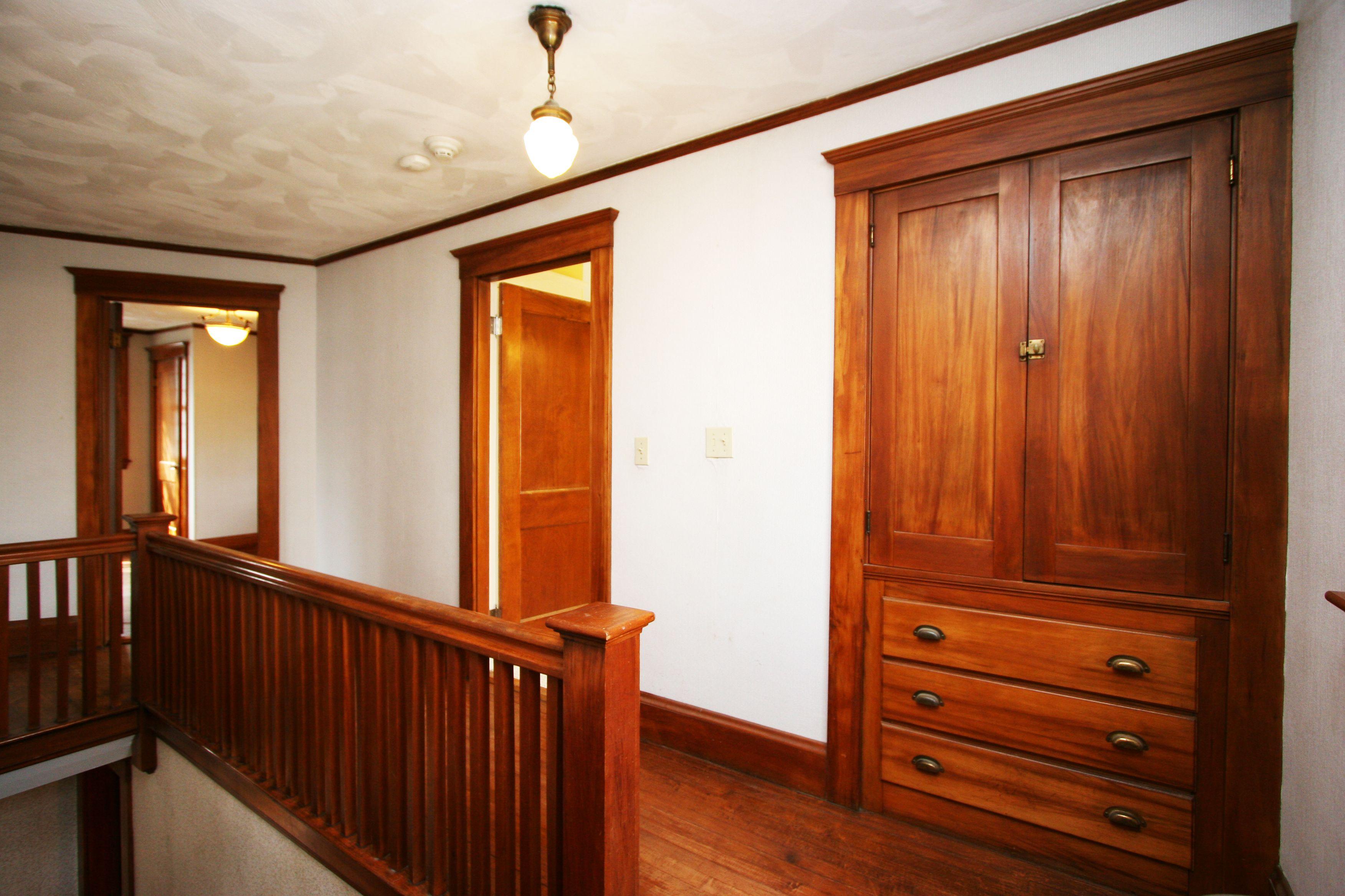 Paint Gumwood Kitchen Cabinets