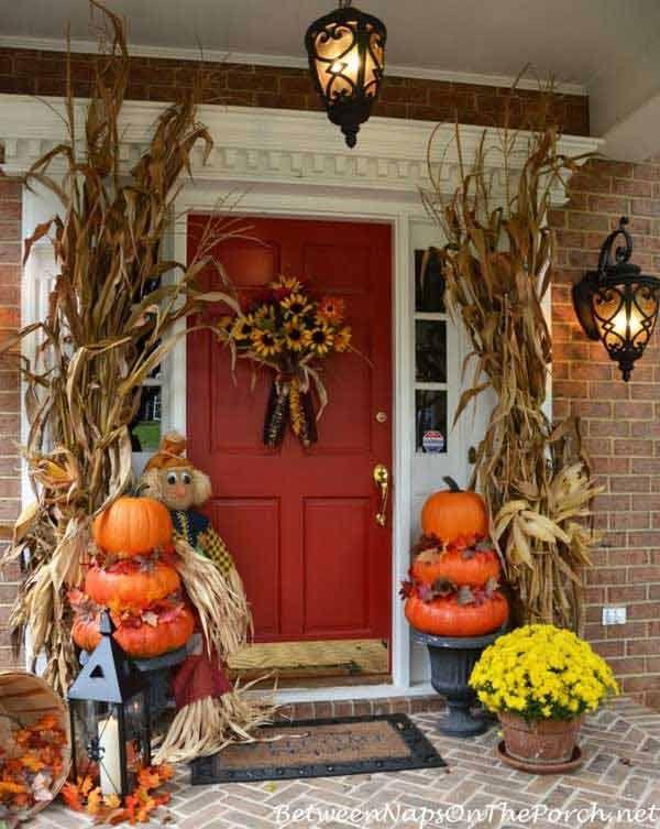 Top 41 Inspiring Halloween Porch Décor Ideas Halloween porch - front porch halloween decorations