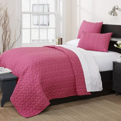 Lush Decor Avani Quilt Set Color: Pink, Size: Full / Queen