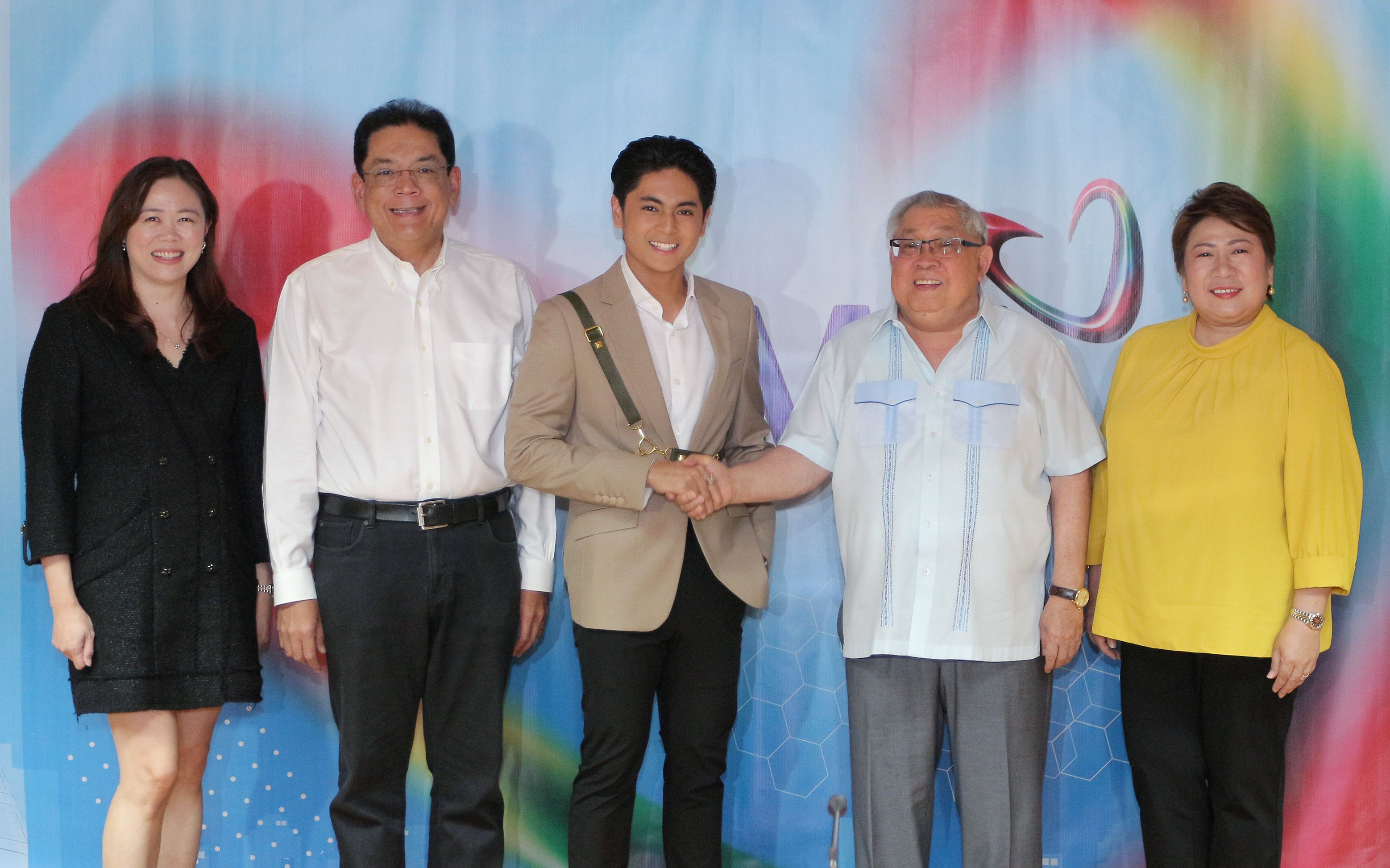 Miguel Tanfelix Celebrates 15 Years As A Kapuso Renews Exclusive Contract With Gma Network Gma Network Young Actors Best Actor