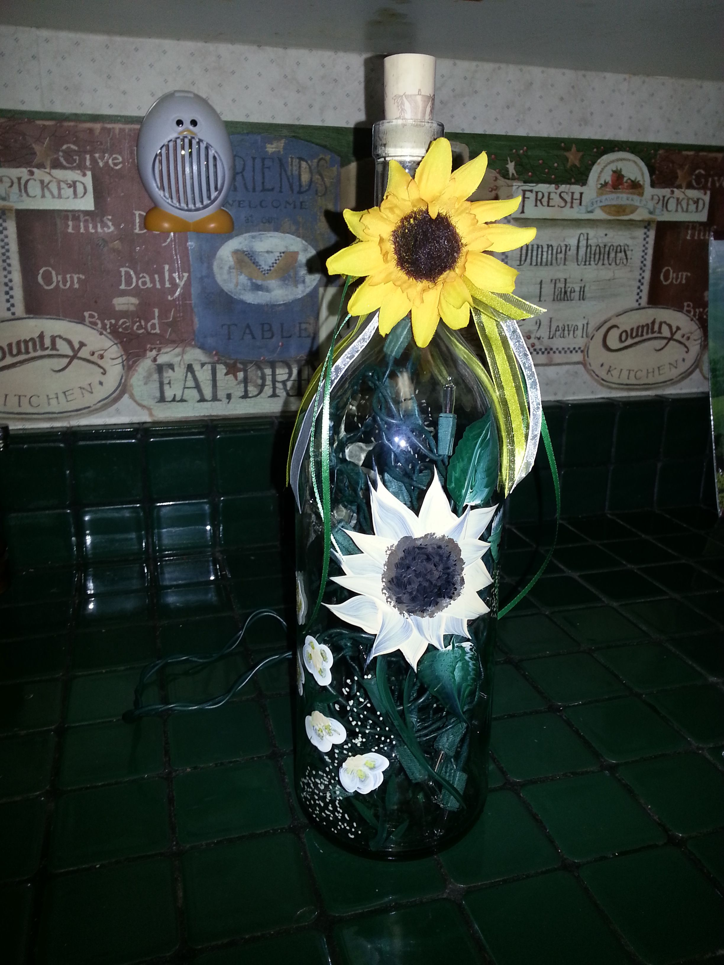 Sunflower bottle lamp - I LOVE IT!!!!  Thanks Mary Sue!!!!