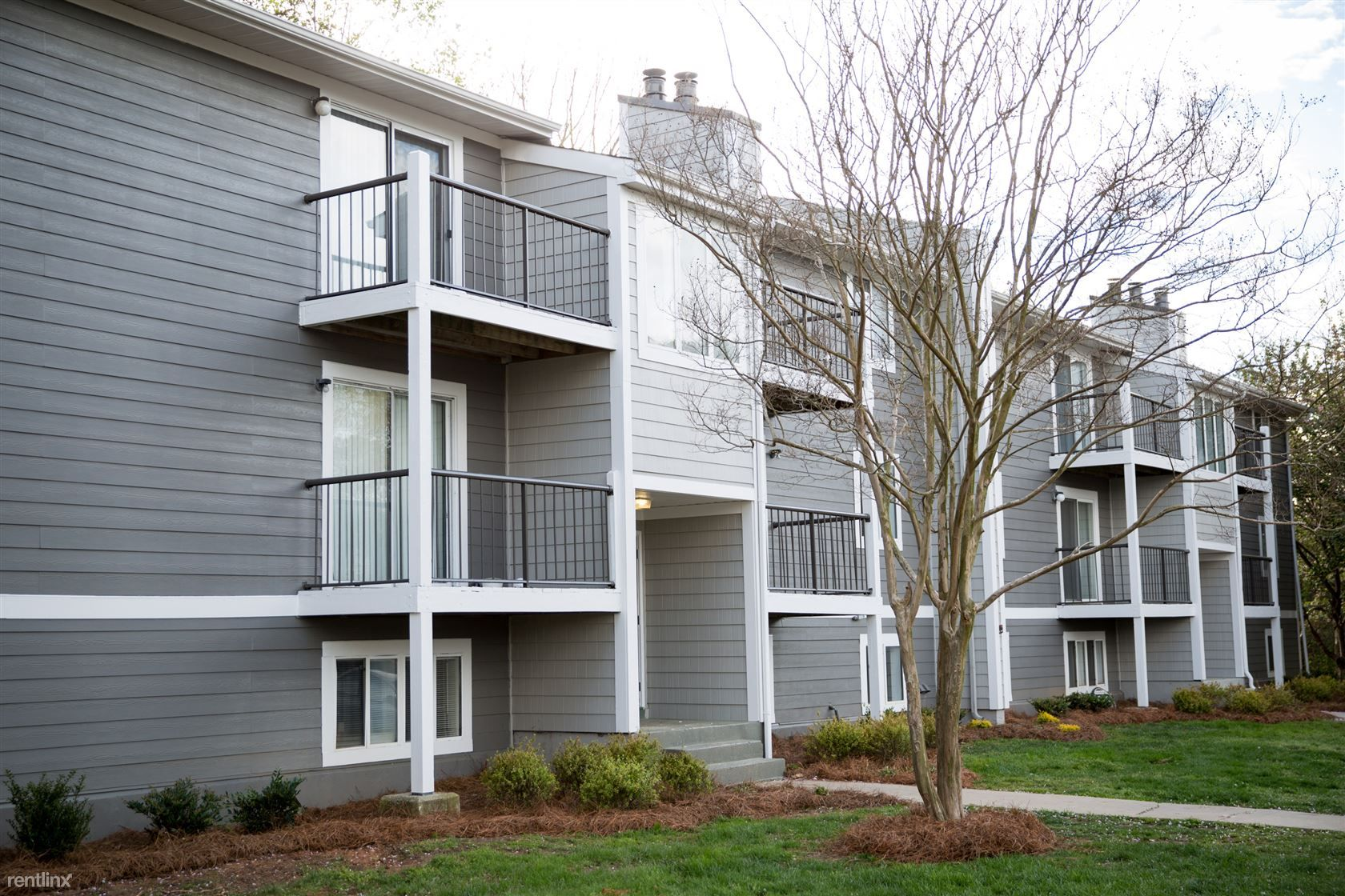 199 Wind Rd Greensboro Nc 27405 For Rent Condo Com In 2020 Condos For Rent Condo Condo Living