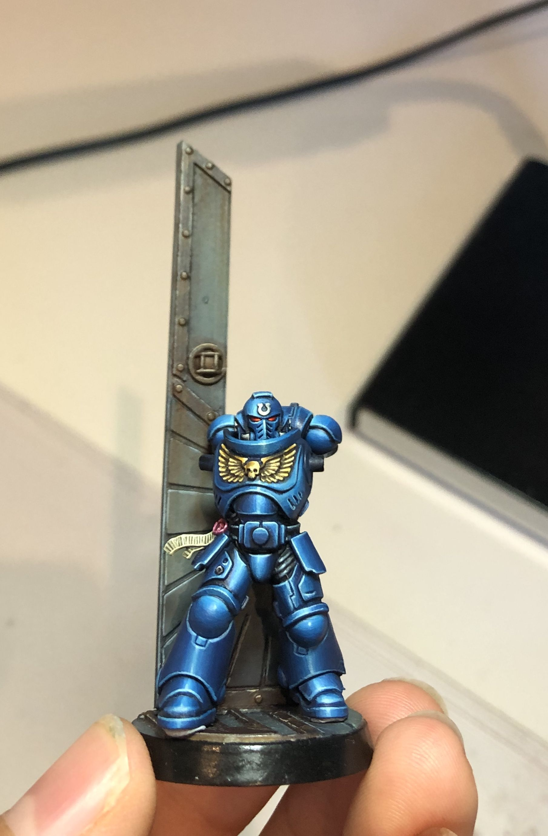 Study Room 40000: Space Marine With Reflective Armour