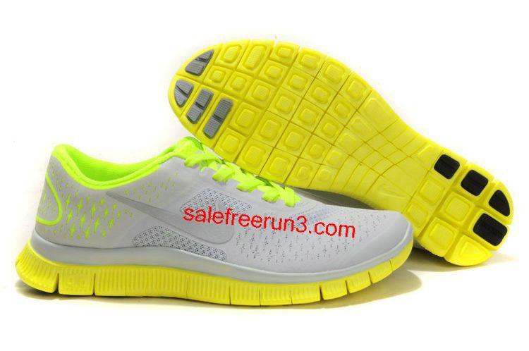 cc3bdbcd8db2e Nike Free 4.0 V2 Womens Running Shoes