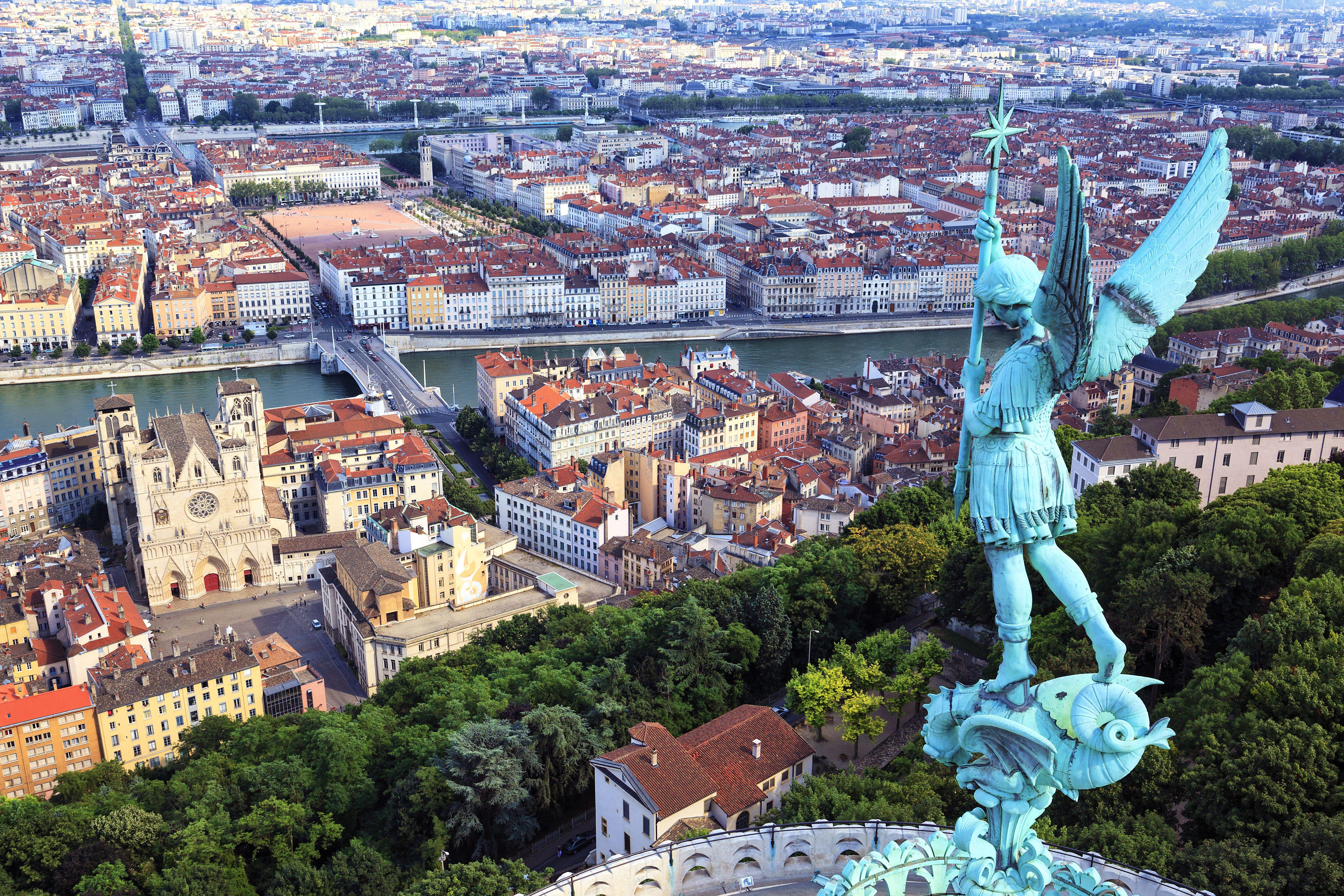 Stationnement Temporaire Pour Un Demenagement A Lyon Blog Paysages Du Monde Villa Paysage