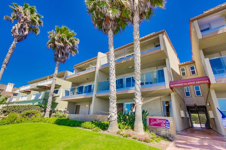 Sea Breeze 8 In Carlsbad Oceanfront Vacation Rentals Bedroom Apartment Carlsbad