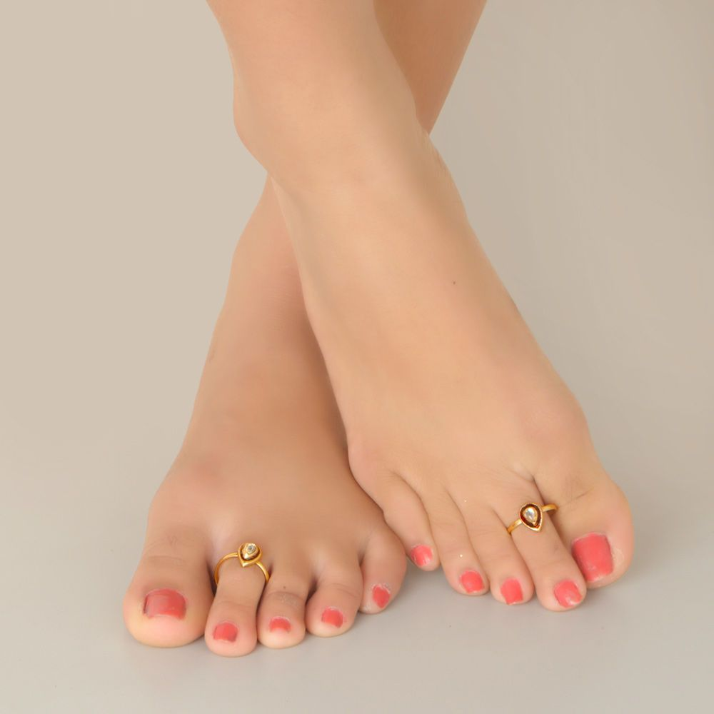 Gold Toe Rings For Women - India vogue gold plated studded with kundan stone toe ring jewelry market wedding jewelry