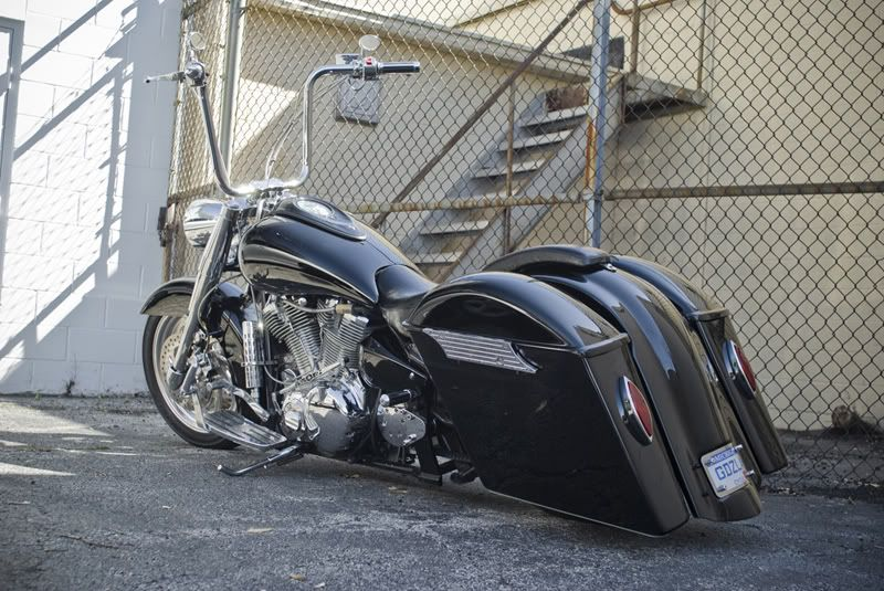 Custom road star baggers yamaha road star bagger bikes for Yamaha bagger motorcycles